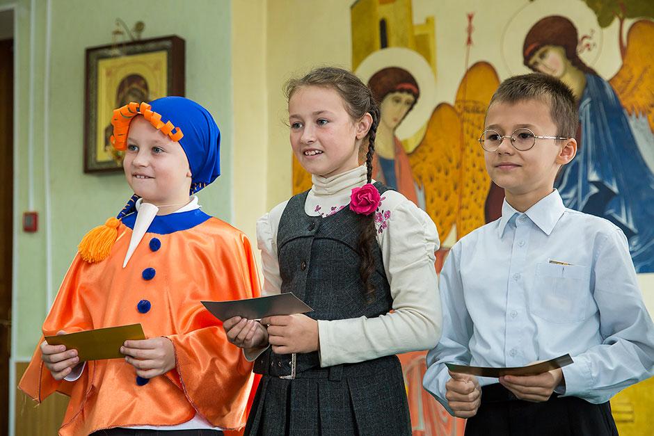Поздравление на свадьбу молодым прикольные с подарками в стихах специалисты знают